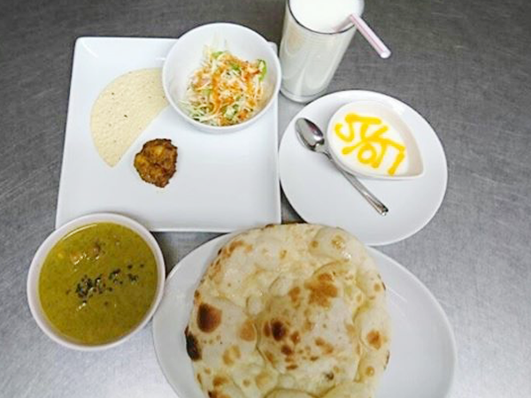 dinner_set_jyoti_img01.png